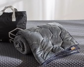 Best Weighted Blanket - Layla Weighted Blanket Review