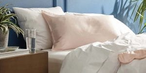 Best Silk Pillowcase - Featured